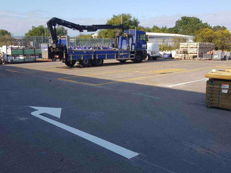 Jewson, Blyth, directional arrow and loading bay markings